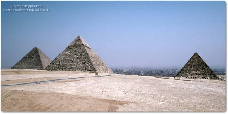 📷 Las tres grandes pirámides de la Meseta de Guiza