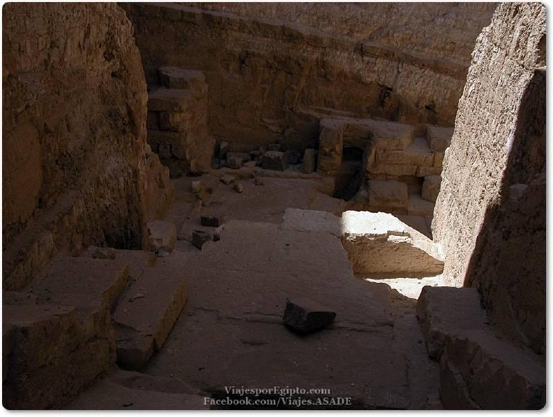 📷 Pirámide de Dyedefra o Didufri