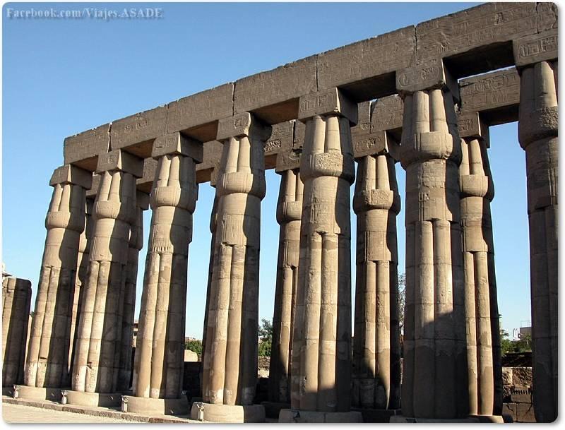 📷 Columnas del Templo de Lúxor