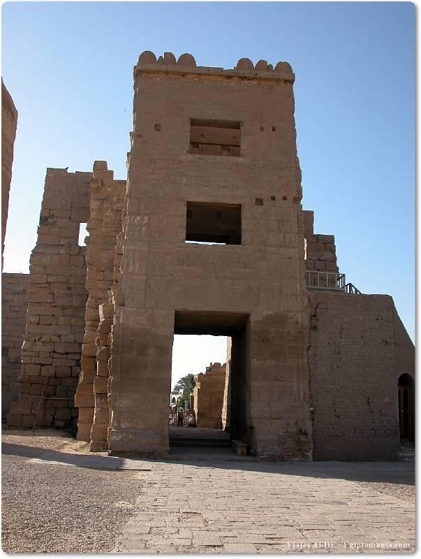 📷 Torre del Templo de Medinet Habu